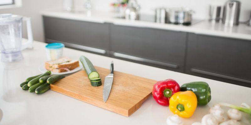 Avuksi keittiösaarekkeen suunnitteluun – jopa kaksi kertaa suurempi työtaso!